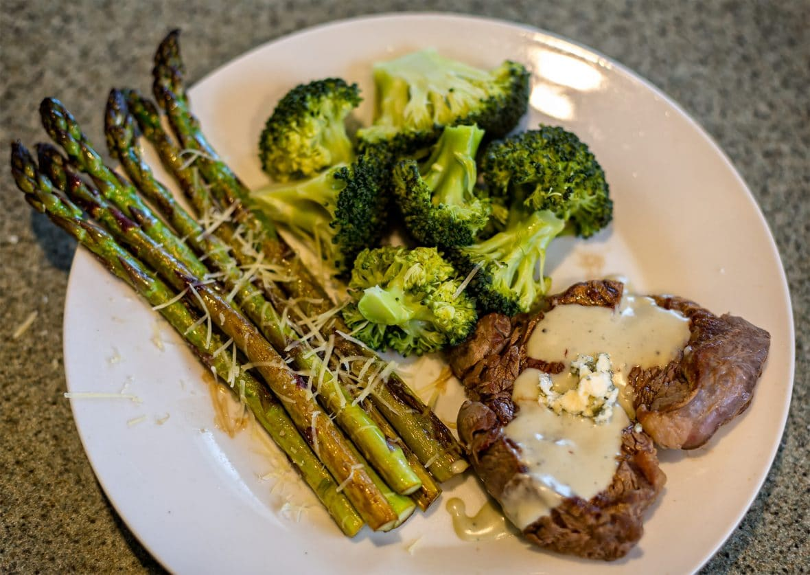 Simple Blue Cheese Sauce (awesome on steak!)
