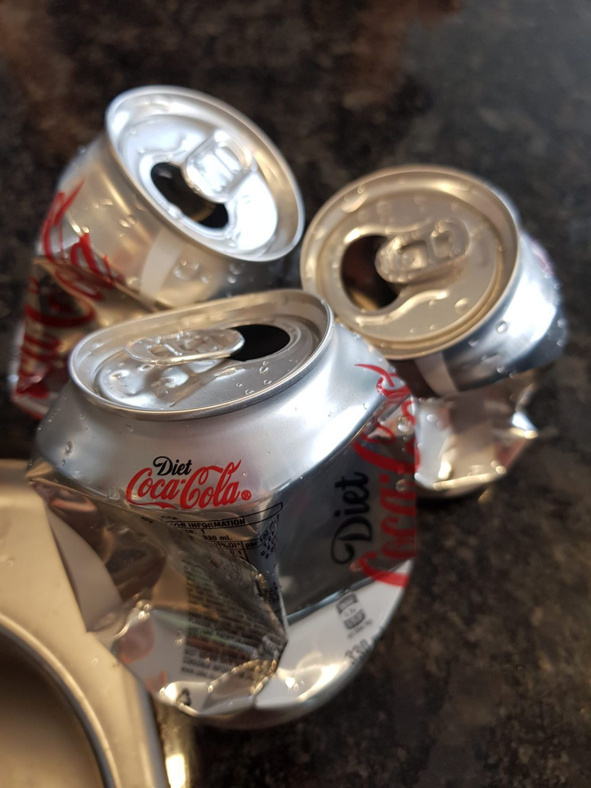 Lockdown project for kids: Crush cans with a bowl of water!